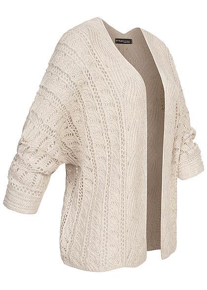 Styleboom Fashion Damen Strickcardigan Lochmuster Rückenausschnitt beige