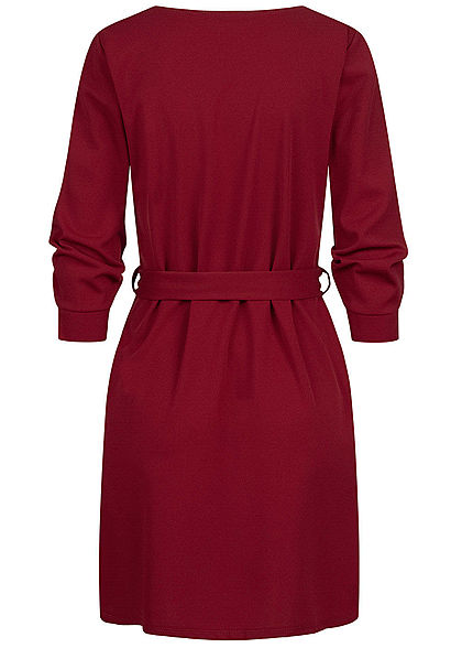 Styleboom Fashion Damen 3/4 Arm Mini Kleid mit Bindegürtel maroon rot